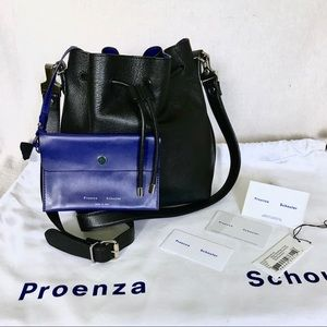 💙Nearly New!  PROENZA Leather 2-Way Bucket Bag